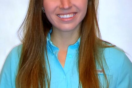 Christena Holcombe headshot