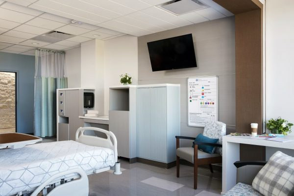 Patient room at North Central Baptist Orthopedic Hospital