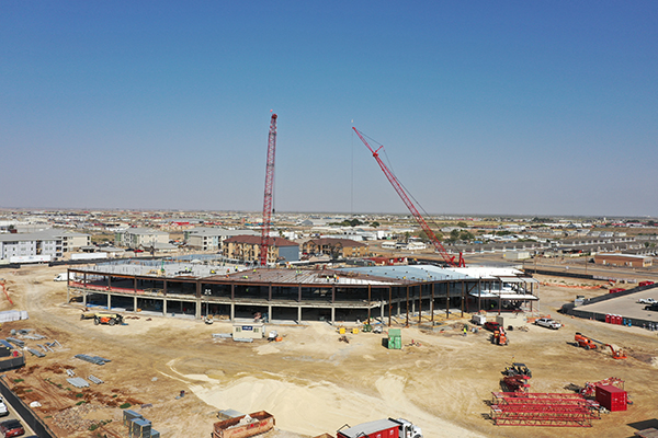 Robins & Morton tops out replacement hospital for Reeves County Hospital District