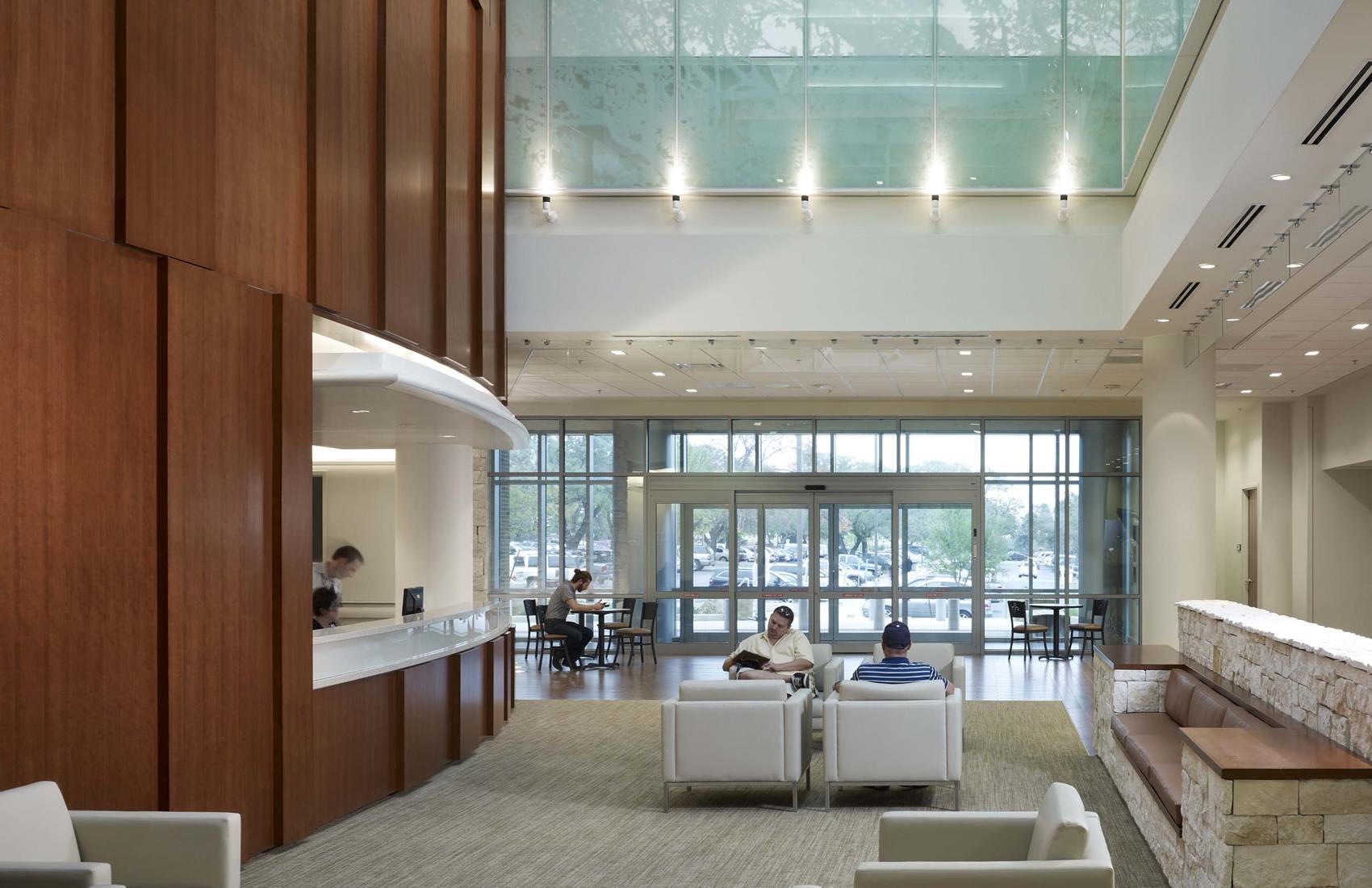 Polytrauma Rehab Center lobby